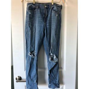 AE High-Waisted Jean